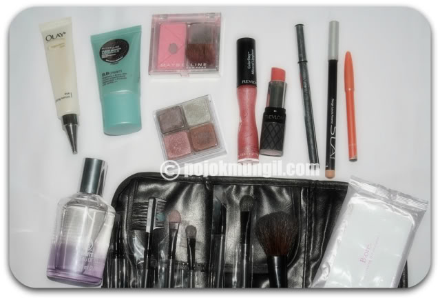 Make Up Travelling Kit