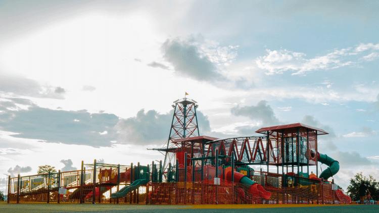 Cari Tempat Main Anak di Brunei? Yuk Main ke Outdoor Playground Seria